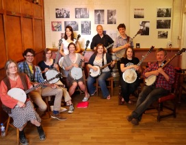 Teaching banjo workshop for the EFDSS