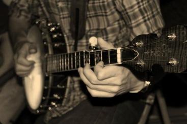 glowing_banjo